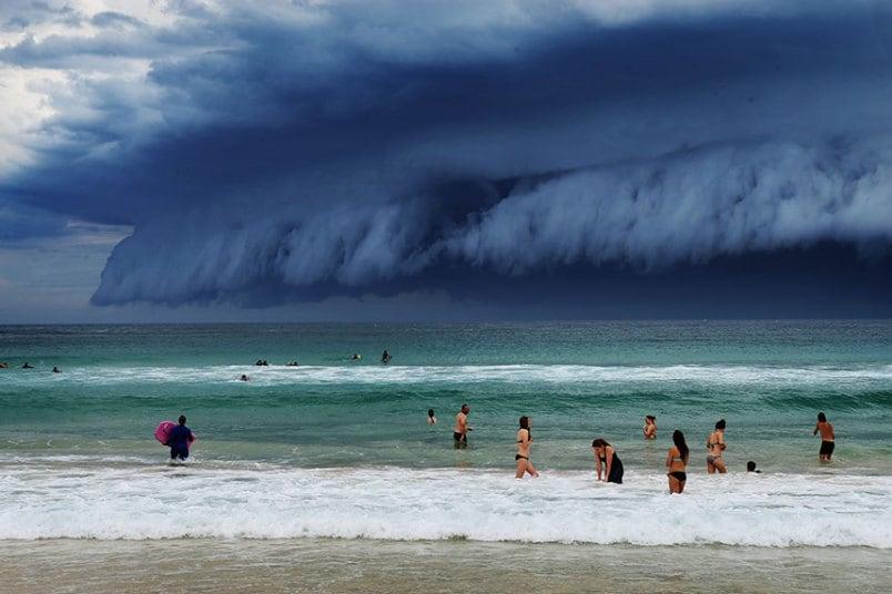 sydney-beach-sea_.jpg